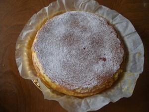 Cheese_cake_hole_20100829_400