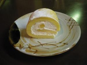 Role_cake_piece_400