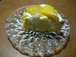 Mango_cake_piece_400